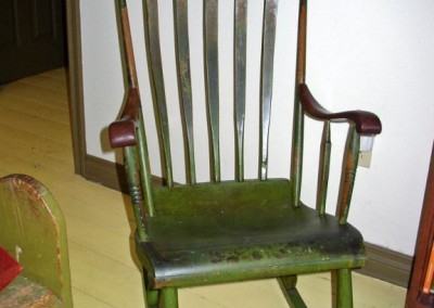 chair green arrow back rocker
