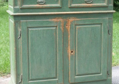 cupboard Quebec lt green - Copy (2)