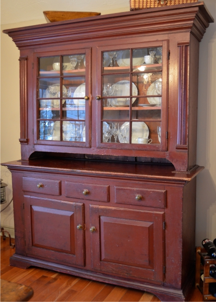 The Heritage of Upper Canadian Furniture  by Howard Pain. Collection Management   Hinton Antiques   Washago  Ontario